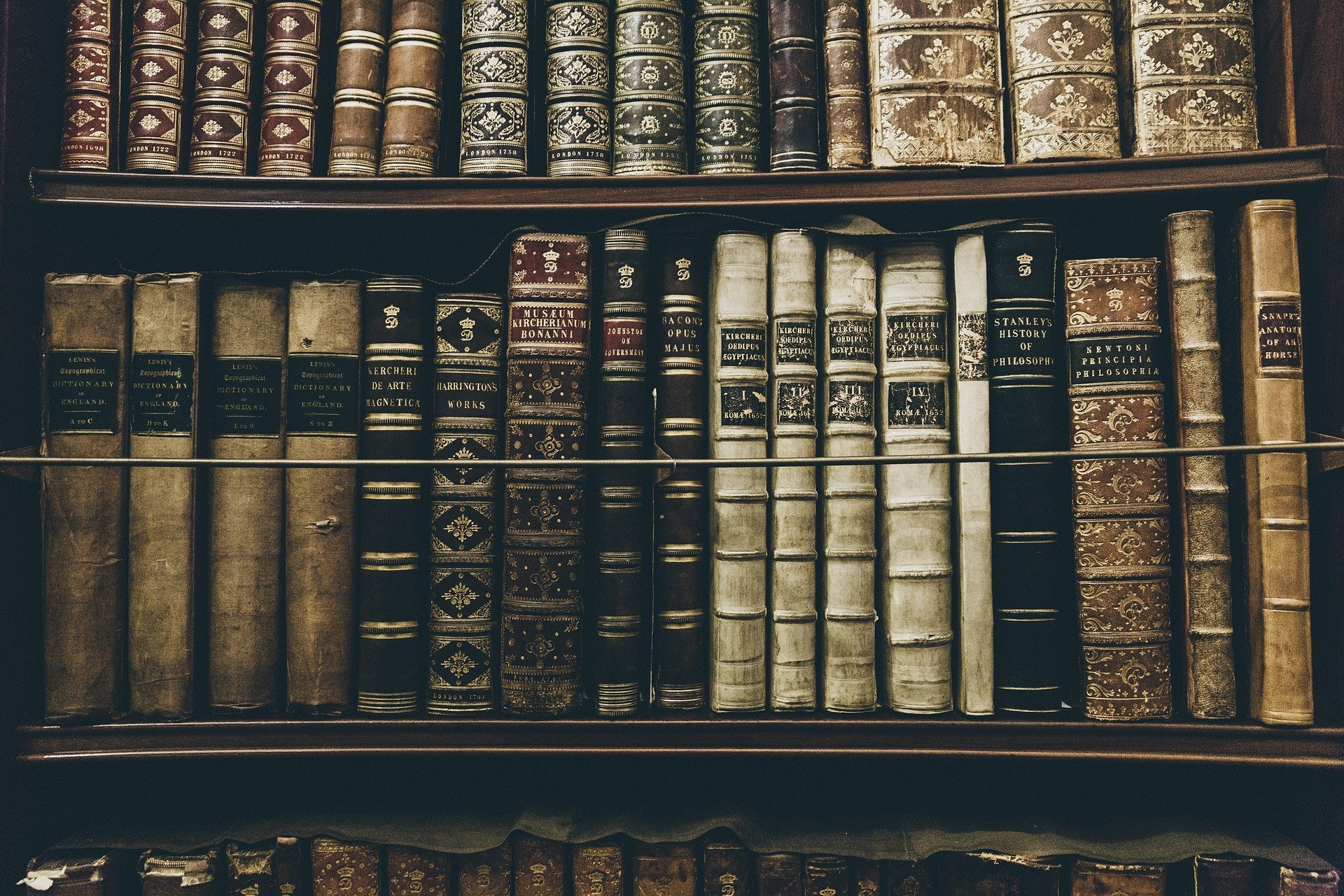 books 2606859 1920